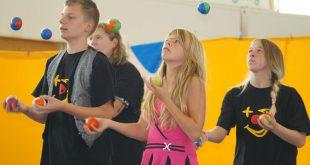 aufruf-jongliertrainer-2016-zirkuspaedagogik